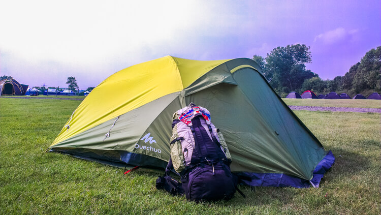 Backpack Review Quechua Forclaz 60 || The Travel Tester