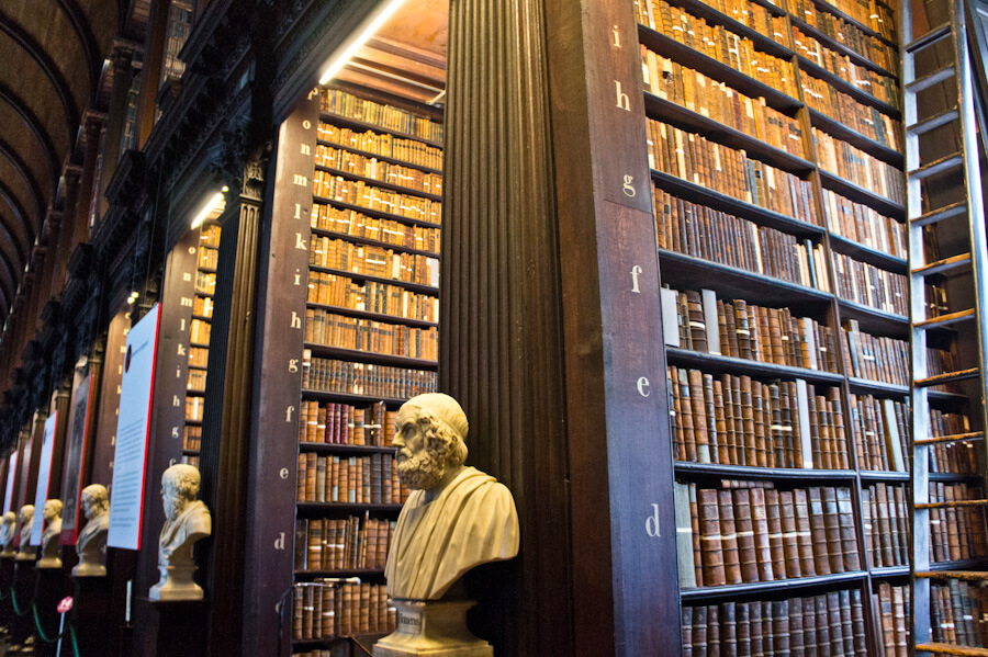 One day in Dublin? See the Highlights with these Tips!    City Guide by The Travel Tester    #CityGuide #Ireland #Dublin #VisitIreland #VisitDublin #24HGuide #TrinityCollege #BookOfKells