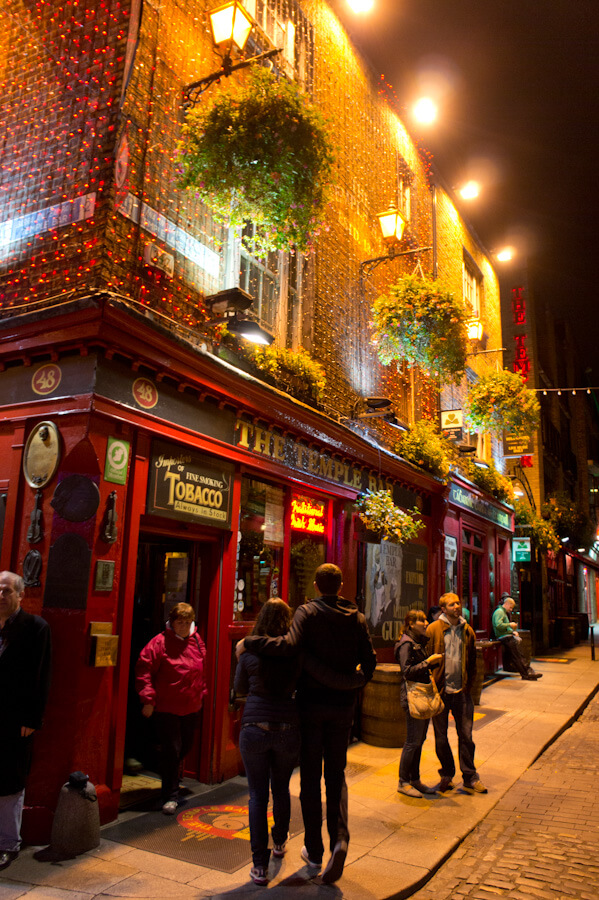 One day in Dublin? See the Highlights with these Tips!    City Guide by The Travel Tester    #CityGuide #Ireland #Dublin #VisitIreland #VisitDublin #24HGuide #Pub #Bar #Restaurant #Food
