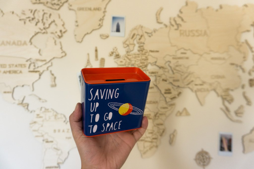 WITH THESE UNIQUE SOUVENIR IDEAS YOU CAN TRAVEL FROM HOME!