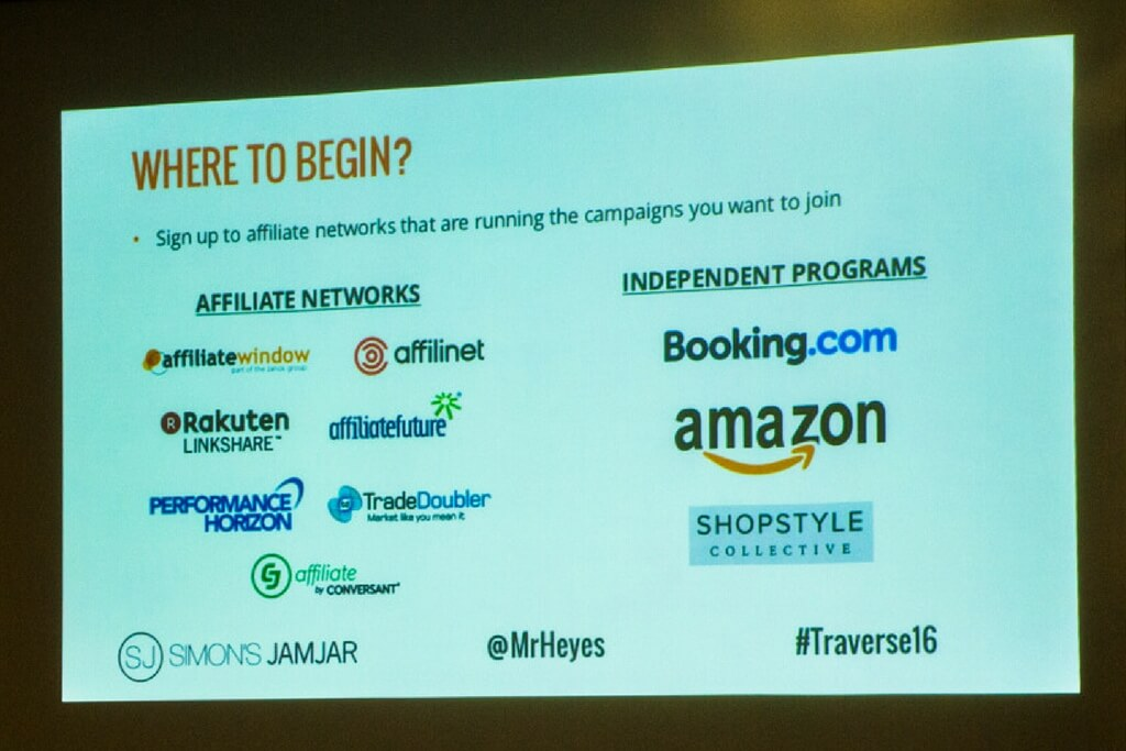 Accepted fees for sponsored content go anywhere from 20 to 200 pounds and on average these bloggers have about 10 to 15.000 followers a month. - Sally Whittle (TBU Nantes - Sep '14)