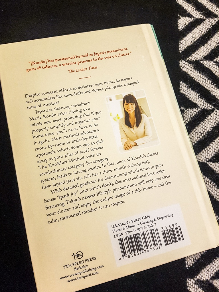 The Life Changing Magic Of Tidying Up - Marie Kondo Book Review || The Travel Tester