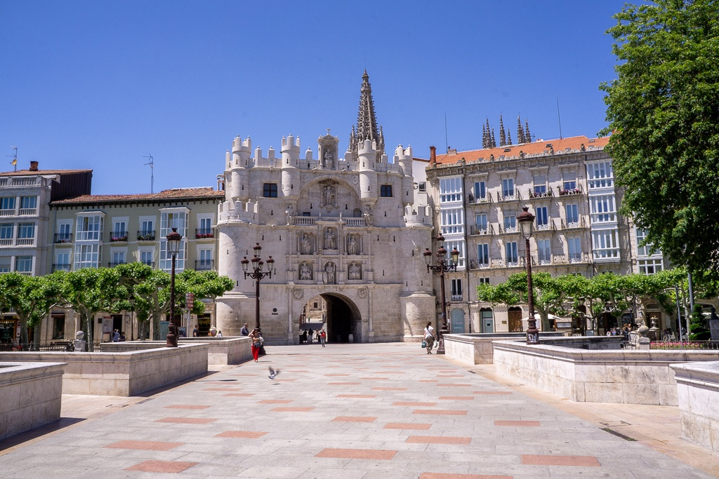 One Day in Burgos, Spain? Complete Guide to a Perfect City Break! || The Travel Tester